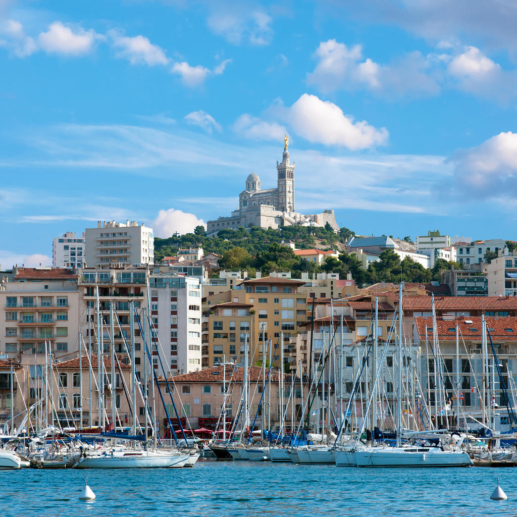 travel guide marseille your trip to marseille with. Black Bedroom Furniture Sets. Home Design Ideas