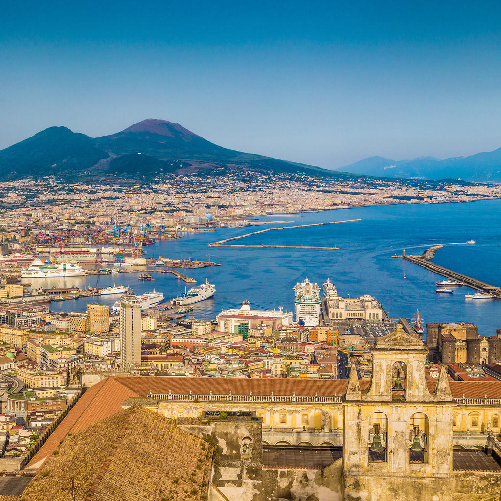 Insight video - Discover Naples and surroundings