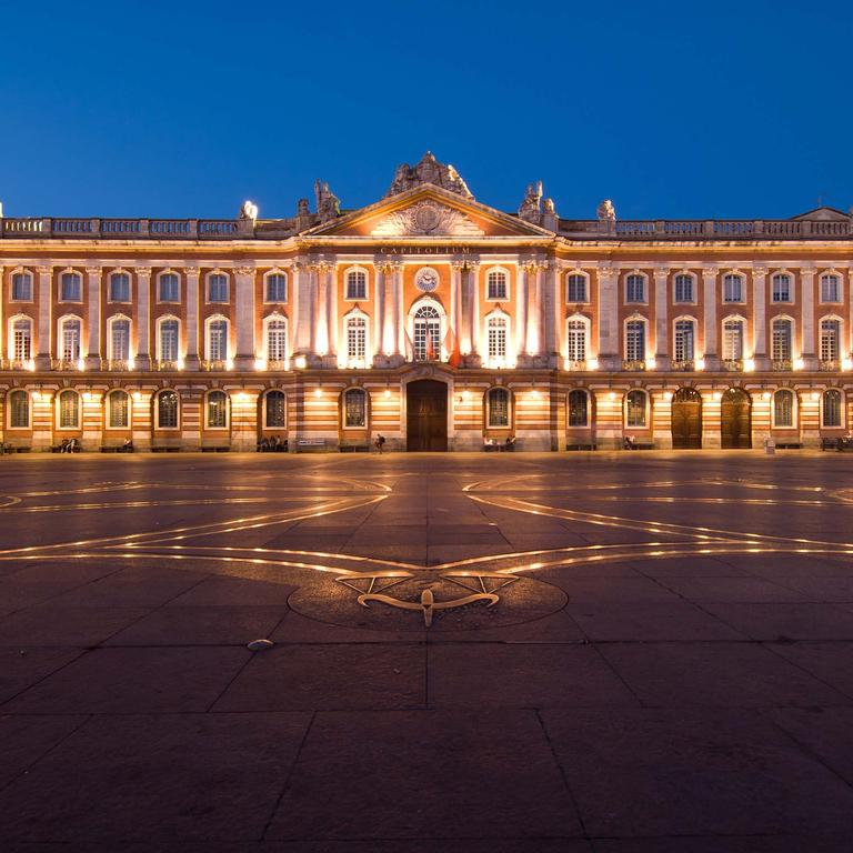 Travel Guide Toulouse Plan your trip to Toulouse with Travel by