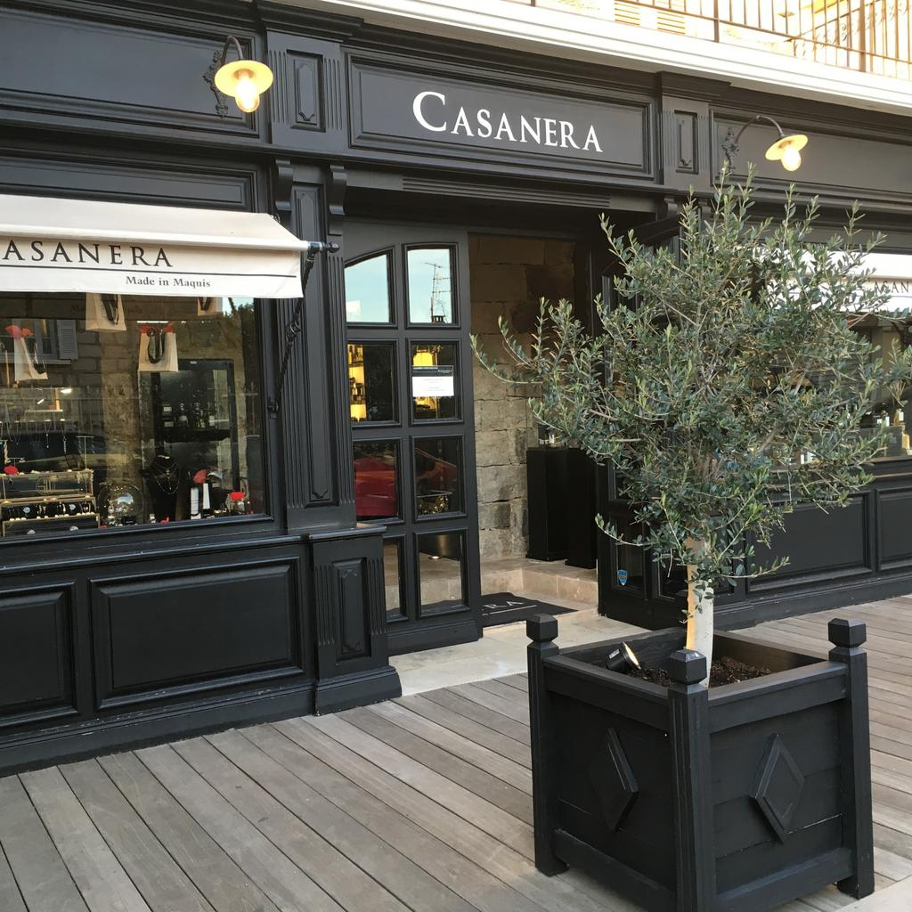 Discover the natural products of Casanera in Porto-Vecchio