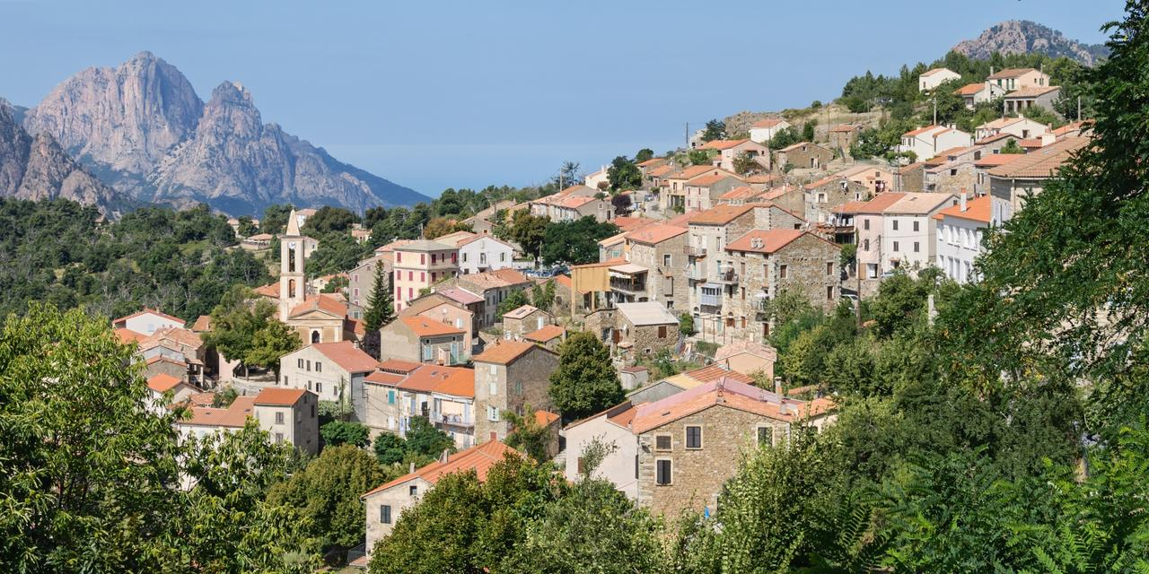 The charming village of Evisa, a stroll in the heart of Corsica