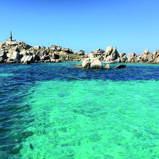 Sea trips to the Lavezzi Islands