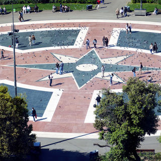 Plaça de Catalunya: one of the mythical places of Barcelona
