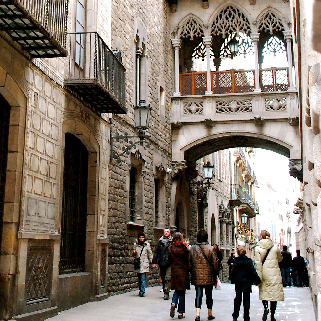 Barri Gòtic: a preserved medieval centre