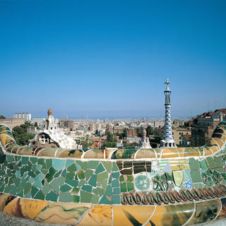 Park Güell, share a connection with nature