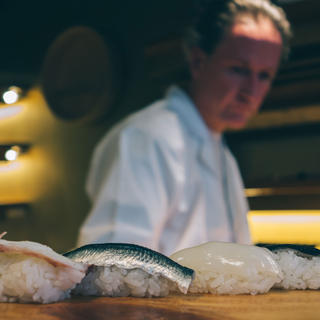 Hinoki: the art of sushi