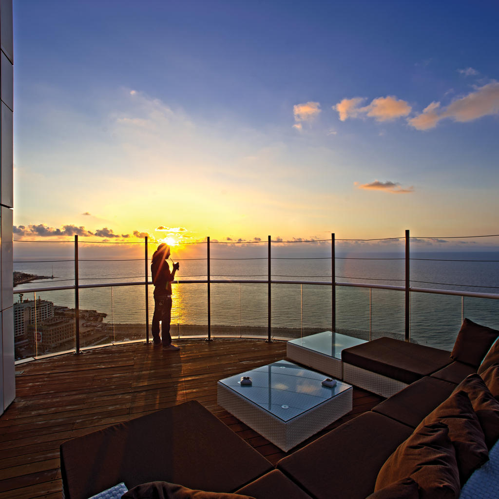 The Four Seasons: stunning sea views