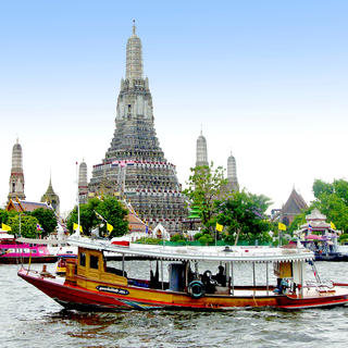 Celebrate dawn and dusk at Wat Arun
