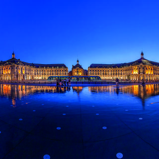 Place de la Bourse & the Water Mirror: history reflected
