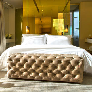 The B.O.G Hotel: gold-plated design