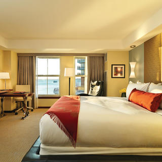 Battery Wharf Hotel: affordable luxury