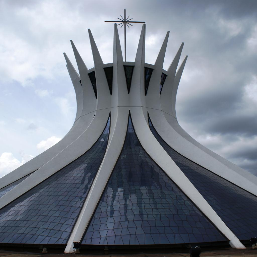 The Cathedral of Brasília: officiating brotherhood
