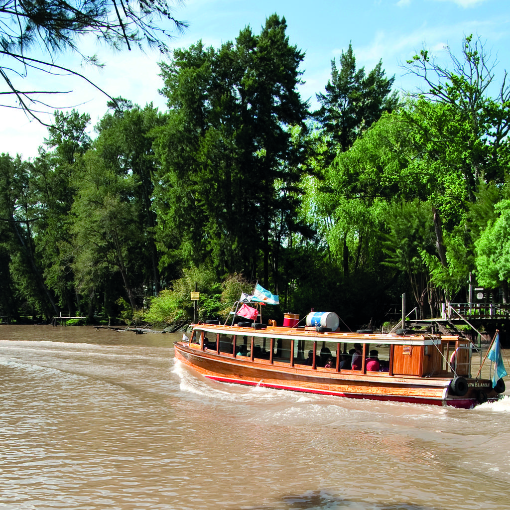 A trip on the Tigre Delta, a bucolic getaway