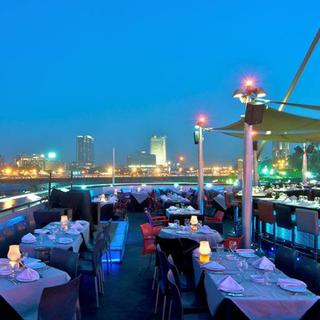 Blue Nile Boat: dinner on the river