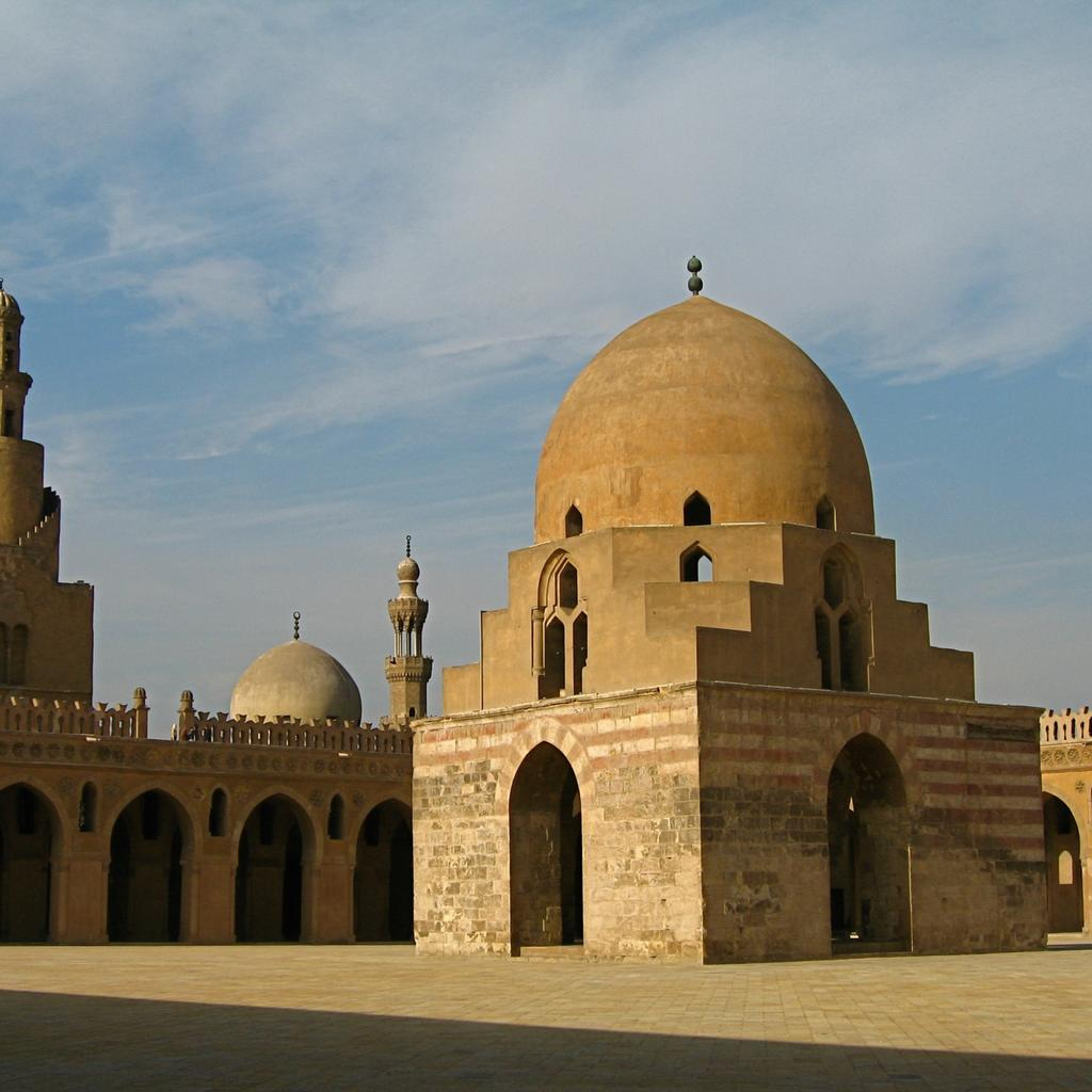 The Ahmad IbnTulun Mosque: the oldest mosque in Egypt