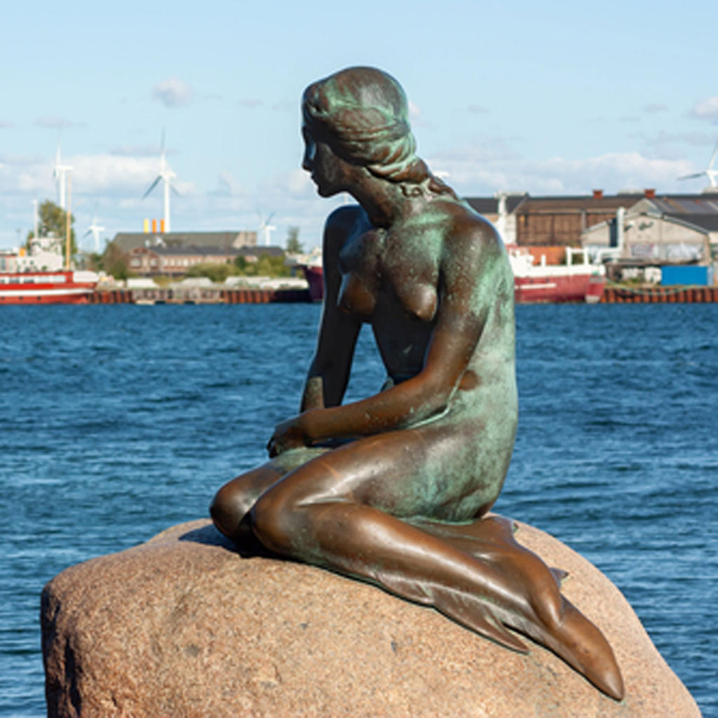 The Little Mermaid: an iconic figure in the Danish capital
