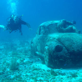 The sunken sculptures of the Museo Subacuático de Arte
