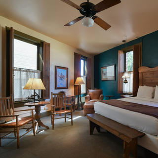 The Stockyards Hotel, to relive the folklore of the West