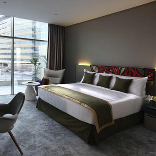 Ibis Style Jumeirah: budget chic
