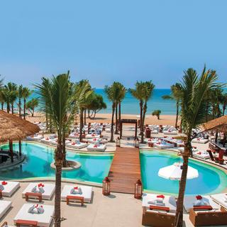 Discover the glamour of Nikki Beach