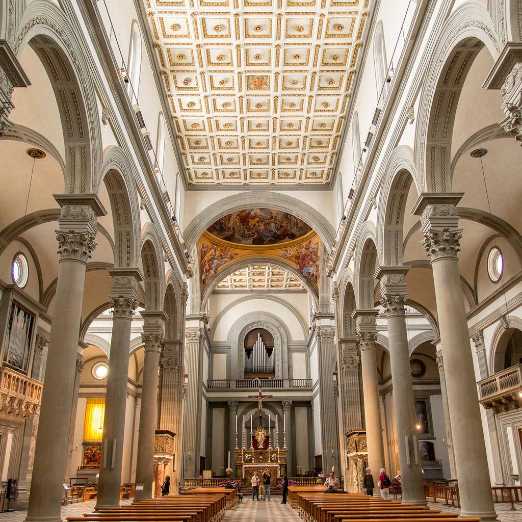 Basilica of San Lorenzo: a great inner beauty
