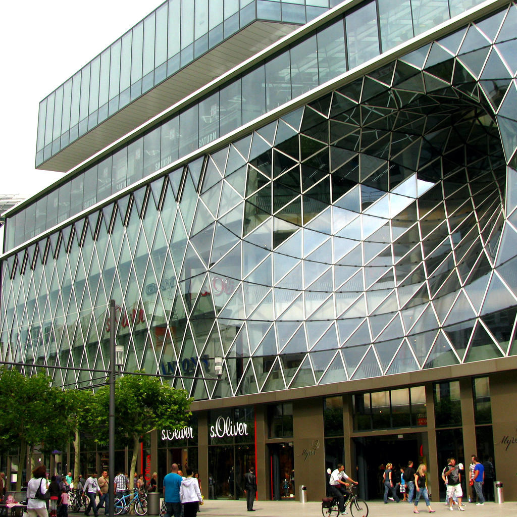 MyZeil: innovative architecture and a shopping paradise