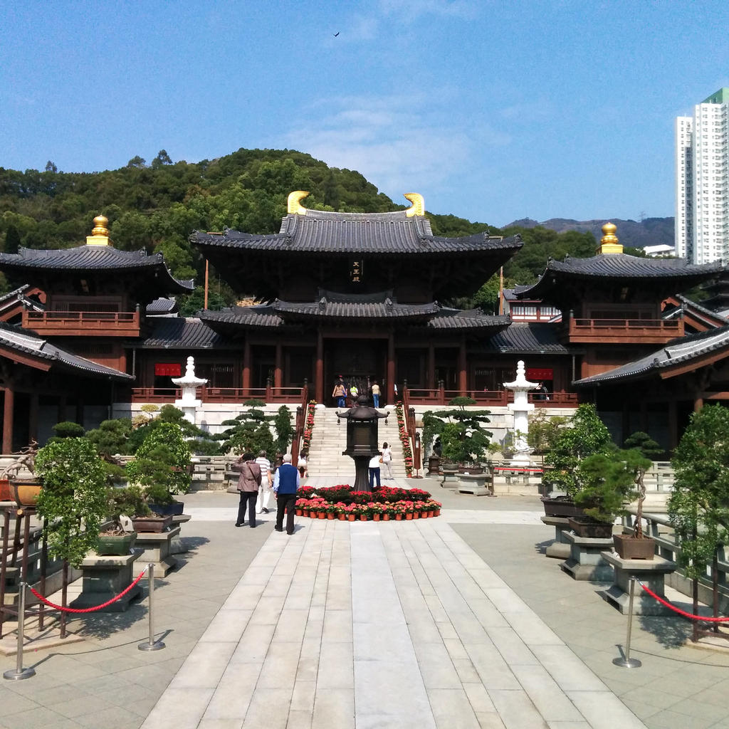 The Chi Lin Nunnery: without nails but not without beauty
