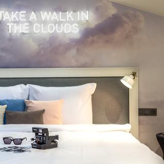 Cloud 7, a trendy address