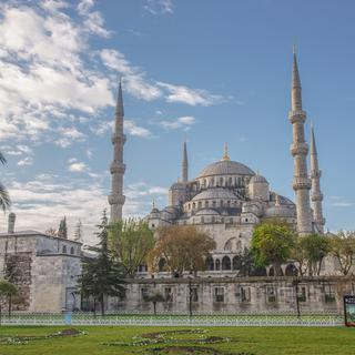 The Blue Mosque: bright and imperial