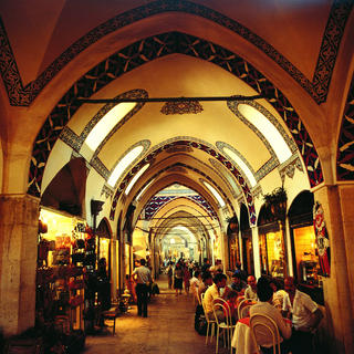 The Grand Bazaar: temple of Turkish handicrafts
