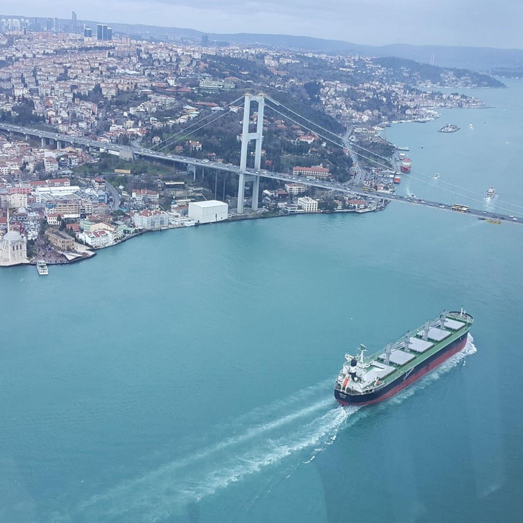 Helicoptering over the Bosphorus...