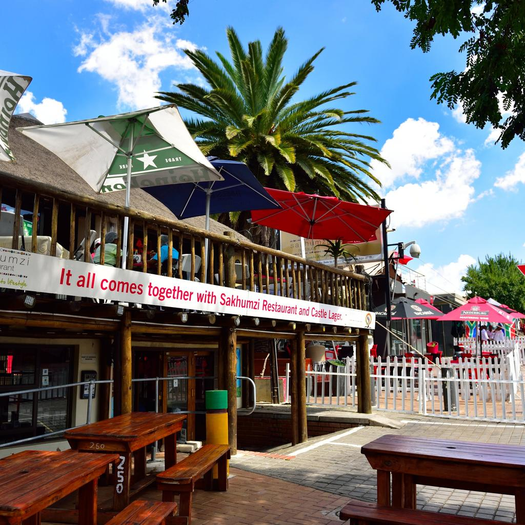 Sakhumzi: an authentic experience