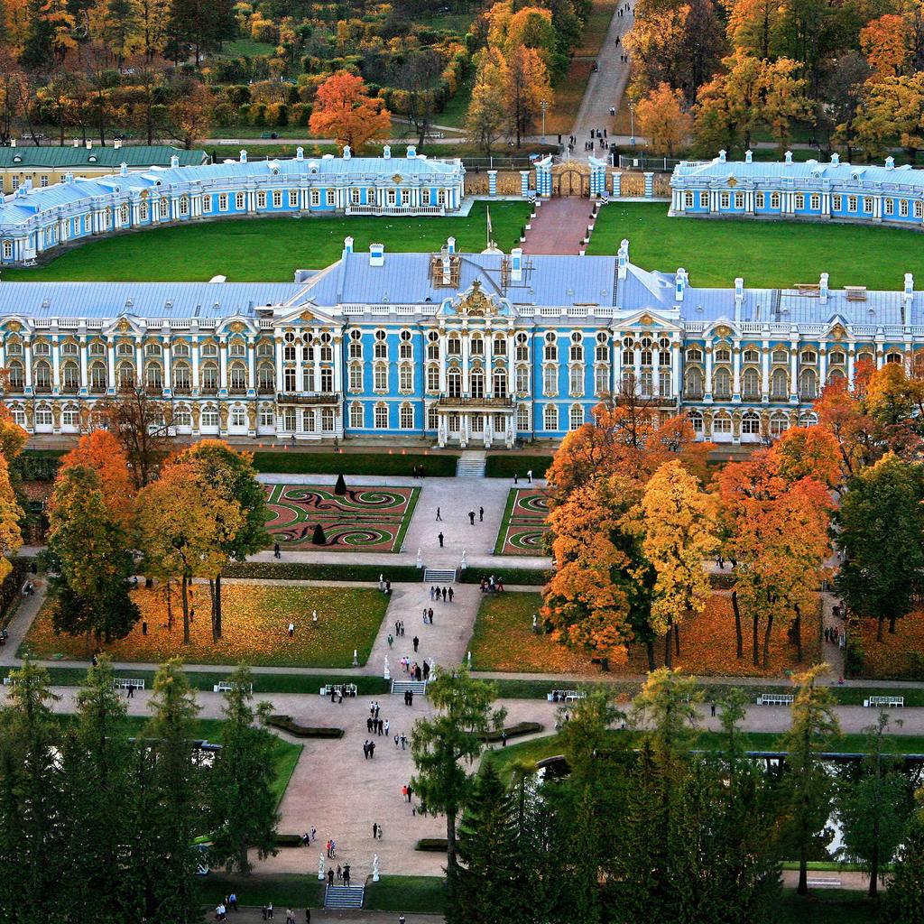 Tsarskoye Selo: the magnificence of the tsars