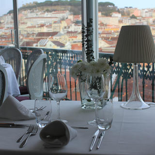 Tágide and Tágide Wine and Tapas Bar: an exceptional view of Lisbon