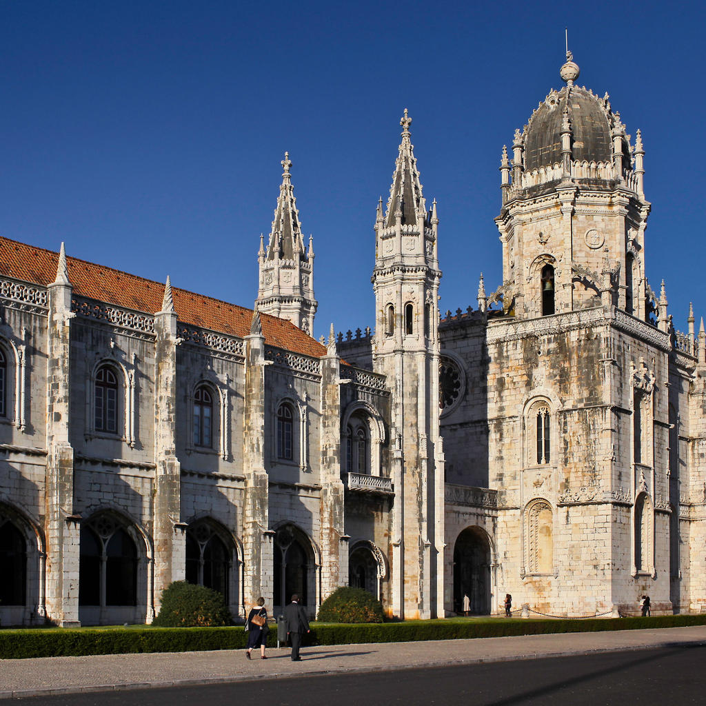Jeronimos Monastery: a pure architectural marvel