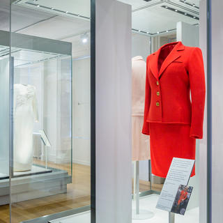 Exposition « Diana : Her Fashion Story » au Kensington Palace