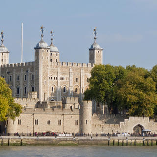 The Tower of London, between history, legends and traditions