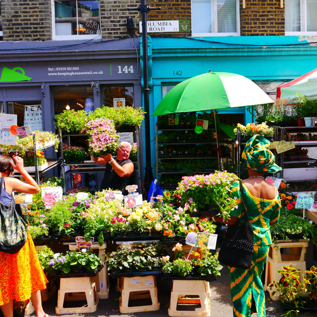 The Columbia Road Flower Market: a Sunday outing
