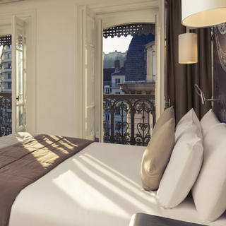 Mercure Lyon Centre Beaux-Arts, at the heart of the city