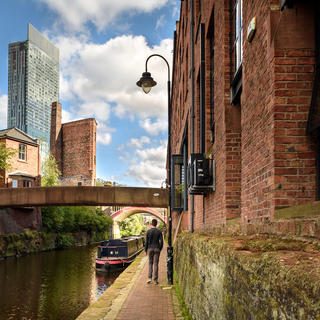 A walk on the banks of Castlefield canals