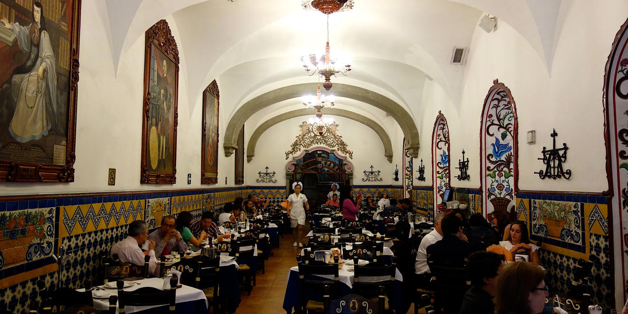 Café de Tacuba: an institution since 1912