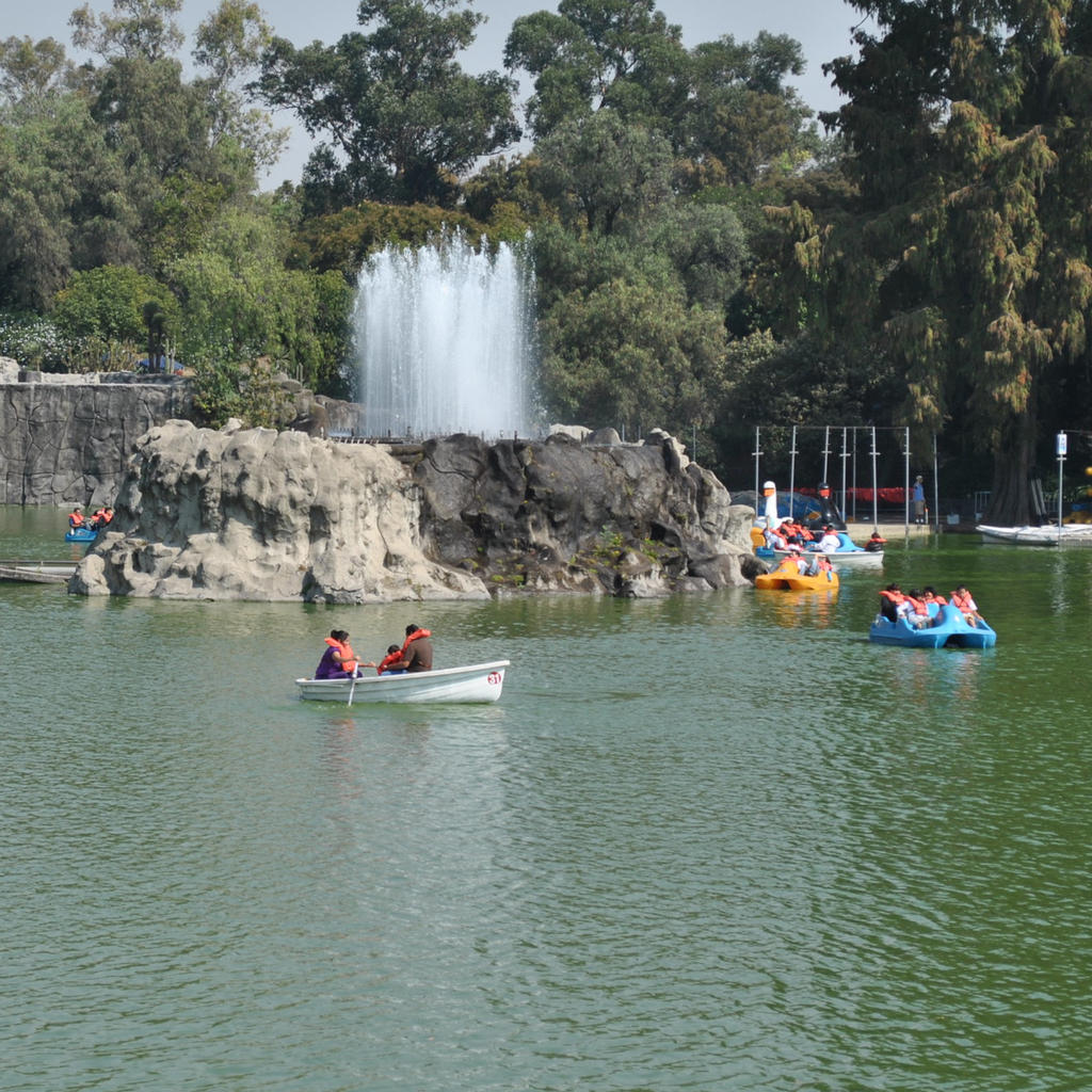 Chapultepec Park: another way