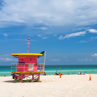 Go to the beach in Miami Beach
