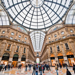 Galleria Vittorio Emanuele II: a walk in the heart of Milan