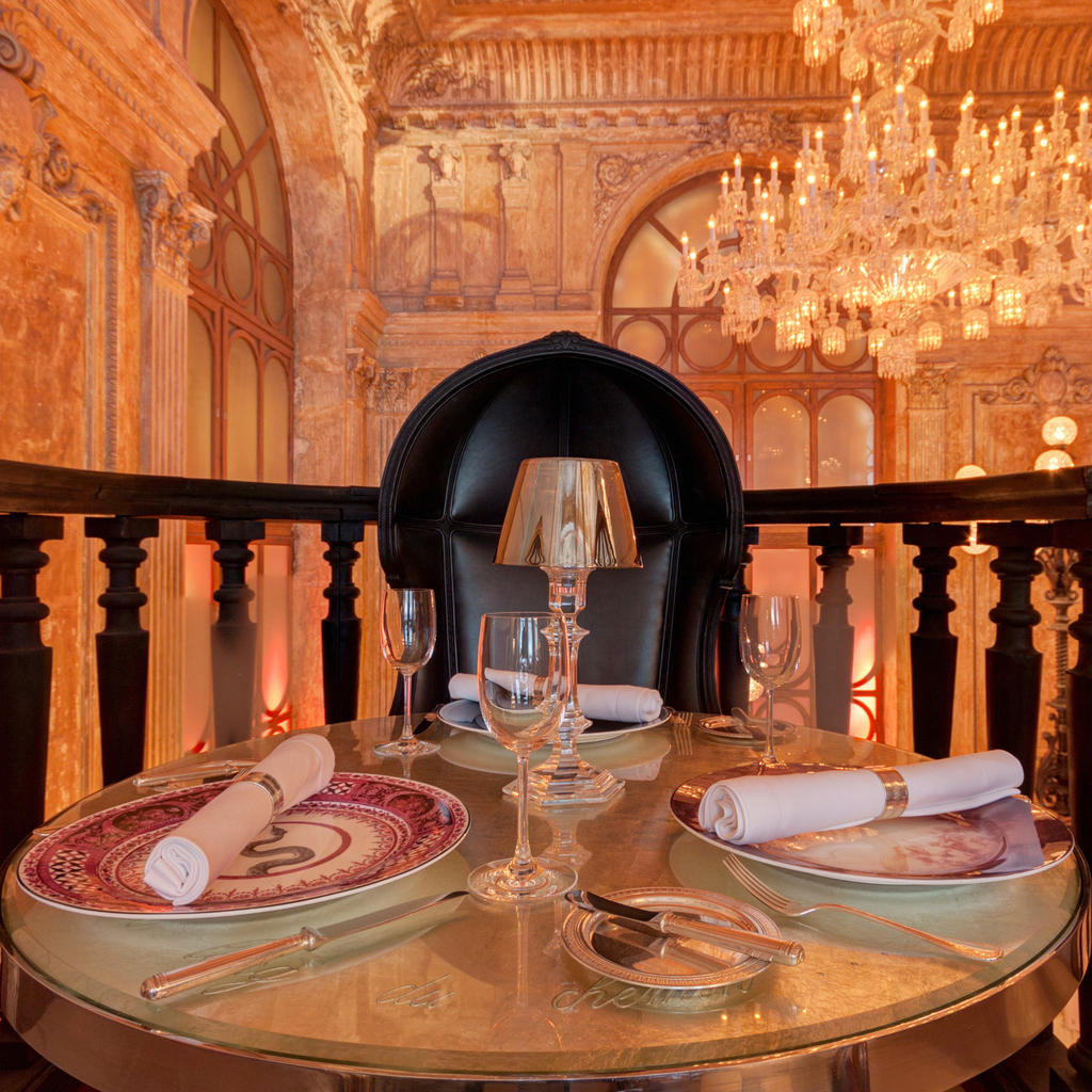 It's more than just decor at the Baccarat Cristal Room