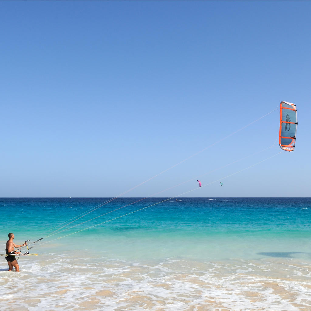 Three short rounds of kite surfing in One Eye Lagoon