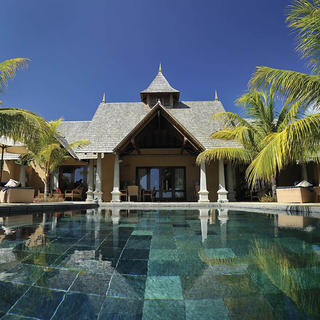 Private villa for a high-end stay at Maradiva
