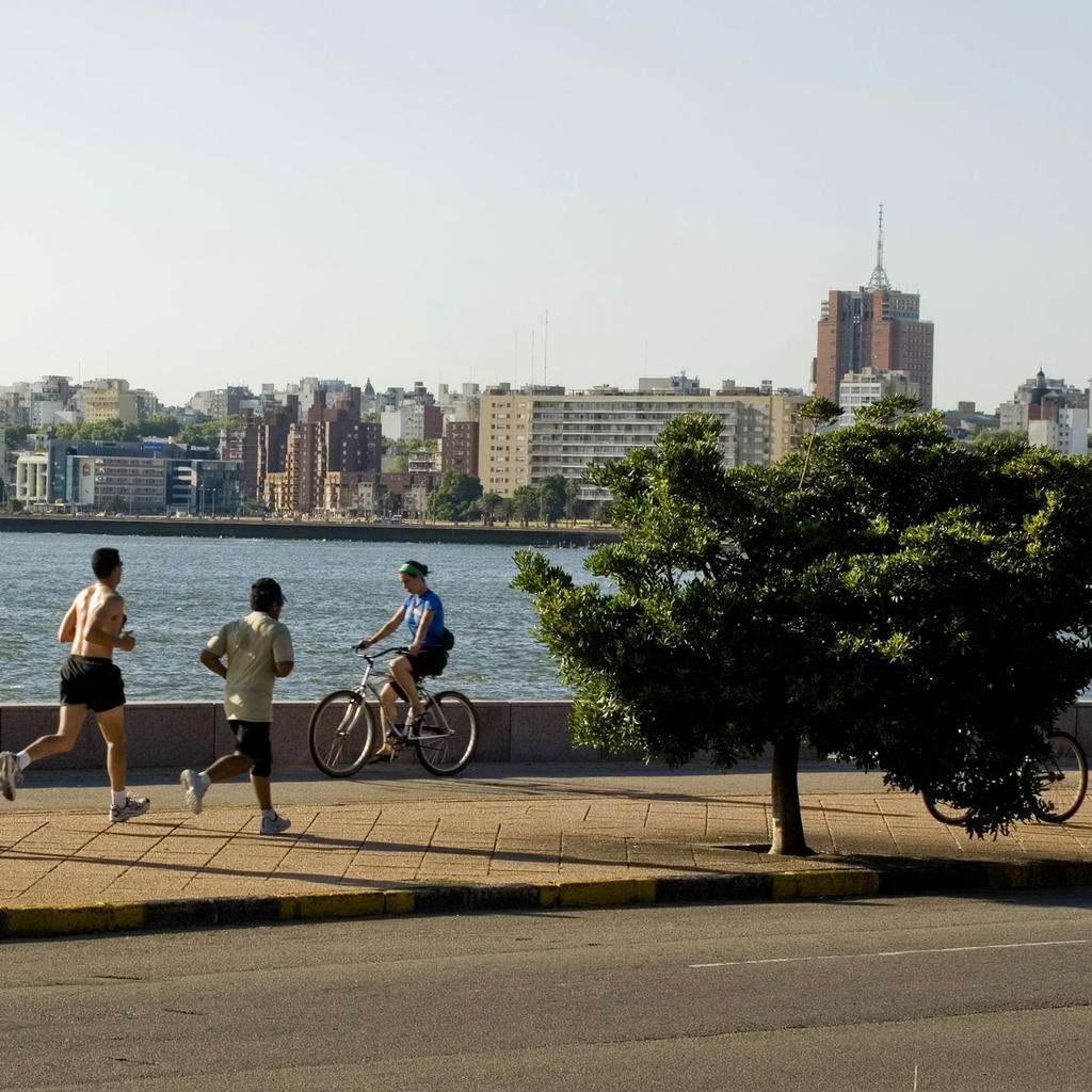 The Rambla : where the good life is in Montevideo
