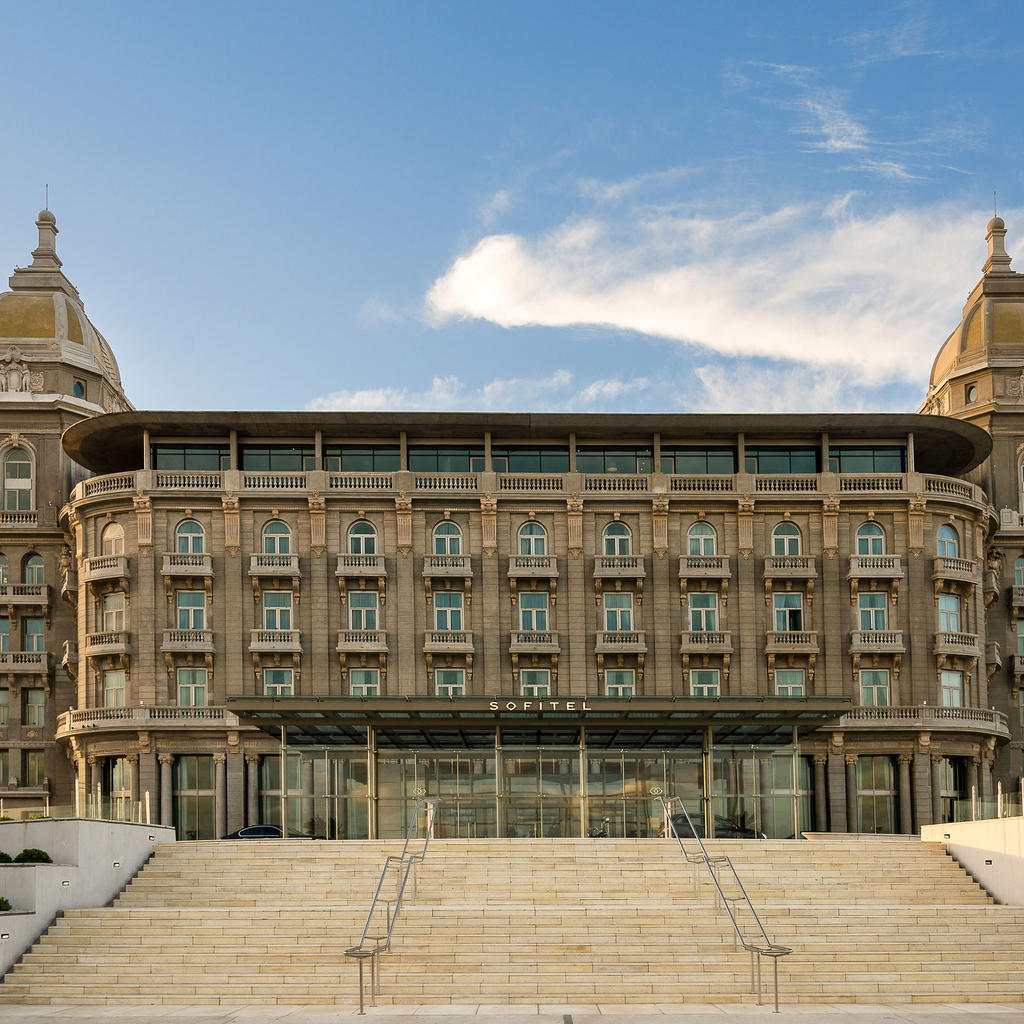 Sofitel Montevideo Casino Carrasco: luxury hotel & sea view