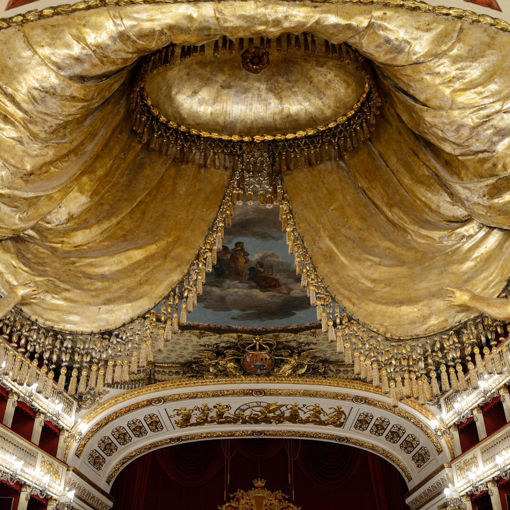 Teatro di San Carlo: The splendid echo of Farinelli
